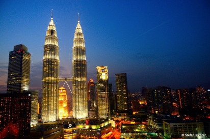 Die Petronas Twin Towers @ Night
