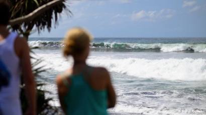 Bei den großen Wellen schauen wir lieber noch zu...
