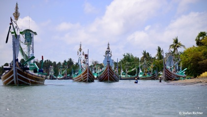 ...im Fischereihafen von Pengambengan.