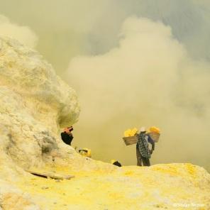 Achtung der Wind dreht - jetzte heißt es Luft anhalten oder Maske aufsetzten.