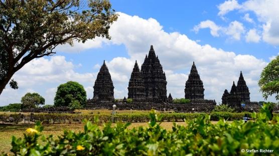 Ein weiteres Tempelhighlight um Yogyakarta: Die Tempel von Prambanan.