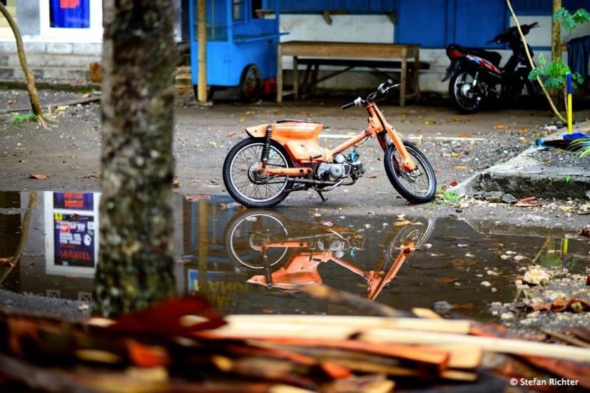 Naked Bike auf indonesisch.
