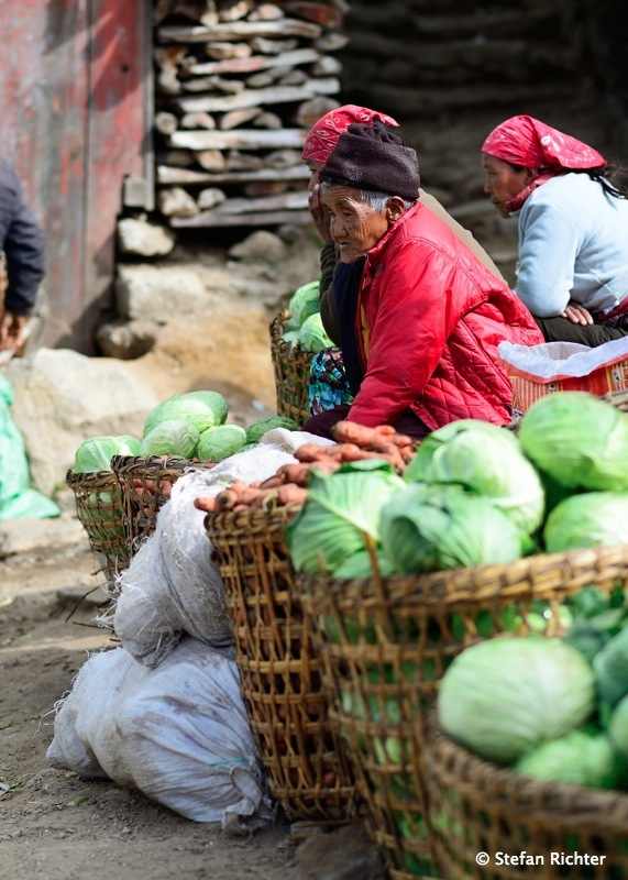 Das Gemüse kommt aus den umliegenden bzw. weiter unten liegenden Dörfern.