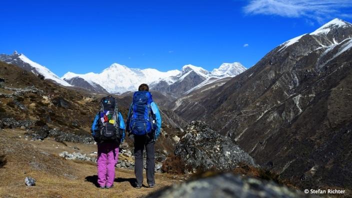 Der erste gute Blick auf den Cho Oyu (8.201 m) auf dem Weg von Dole nach Machhermo.