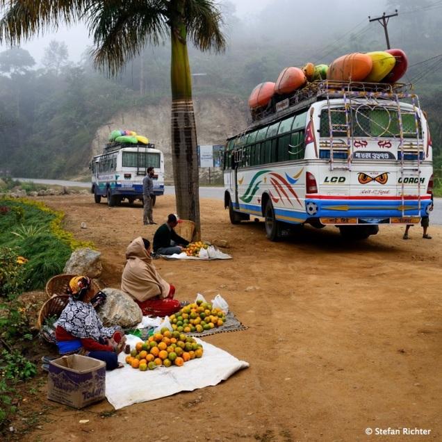 Anfahrt mit dem Bus.