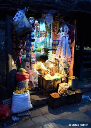 Kathmandu Streetlife @ Night.