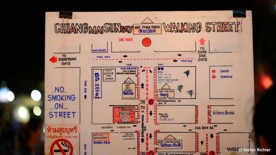 Überblick über die Sunday Walking Street.