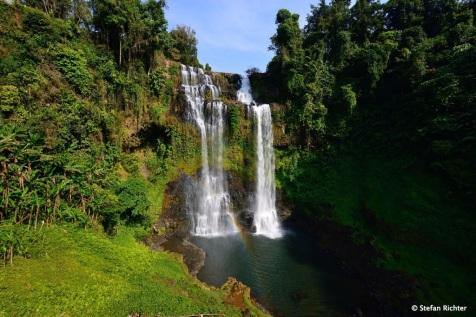 Tat Yuang. Einer der vielen Wasserfälle auf dem Weg.