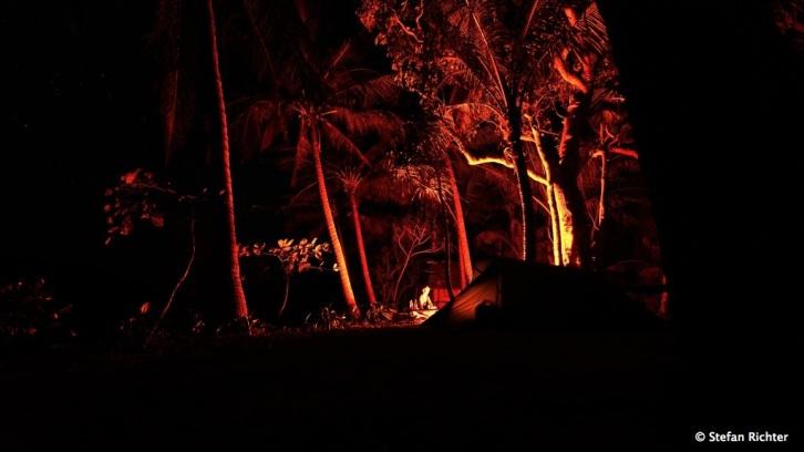 Als Feuerverantwortlicher hat Stefan ganze Arbeit geleistet. Aus unserem Kochfeuer wurde jeden Abend ein Lagerfeuer.