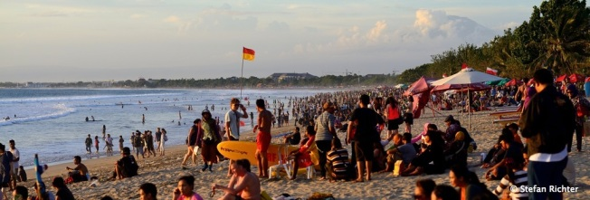 Sunset @ Kuta Beach.