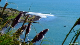 Die berühmte Manu Bay. Längster Left Hander Neuseelands.