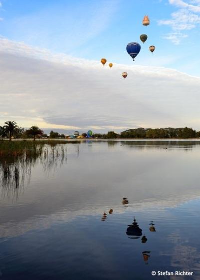 Ballons über dem Hamilton Lake.