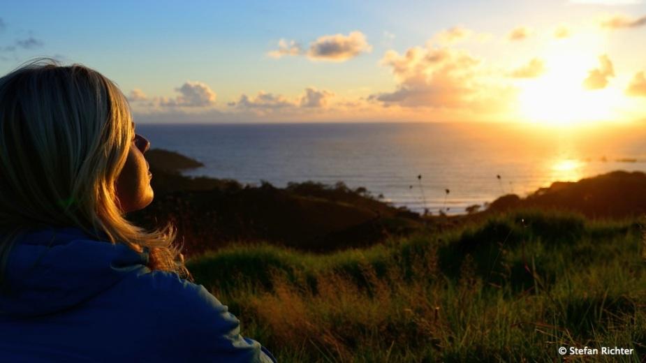 Sunrise @ Otamure Bay.