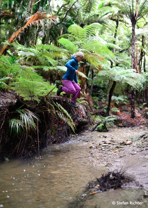 Jump. Flussquerung 2.0.