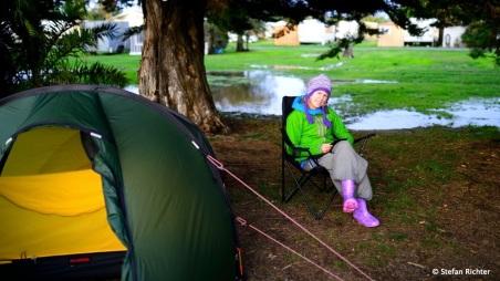 Nach dem Sturm. Das Zelt steht wieder.