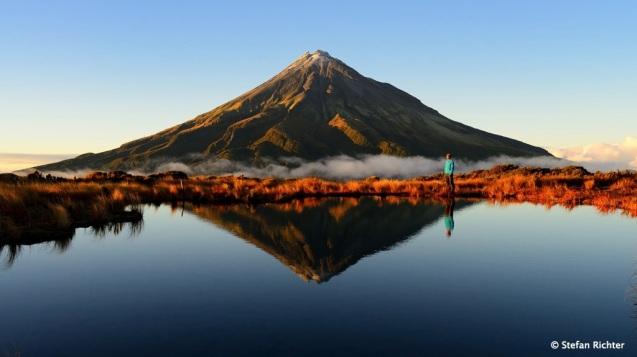 Wir hatten trotzdem ziemliches Glück. Und einen perfekten Sonnenaufgang mit Blick auf den Mt. Taranaki.