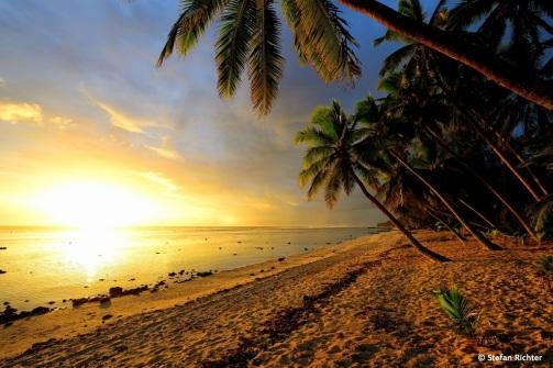 Kitsch^3. Sunset @ Rarotonga.