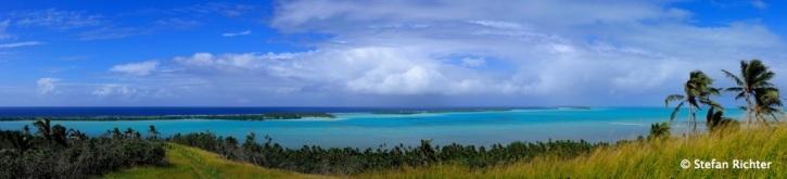 Inselpanorama mit Blick Richtung O'otu Beach.