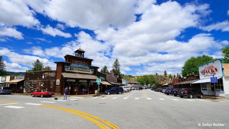 Winthrop, Washington. Die Stadt hat das Wild West Design komplett durchgezogen.