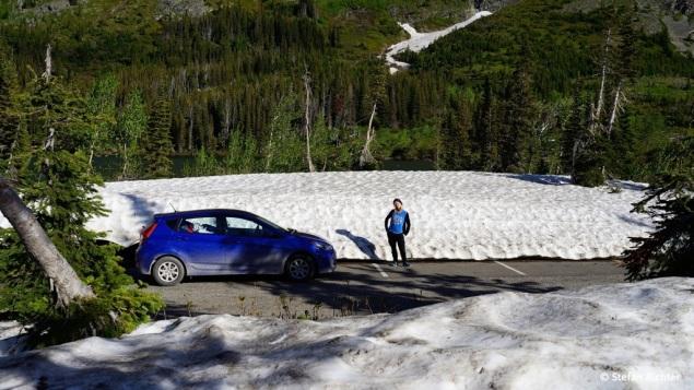 Bei so viel Schnee auf dem Parkplatz im Tal braucht man gar nicht erst anfangen hoch hinaus zu wandern.