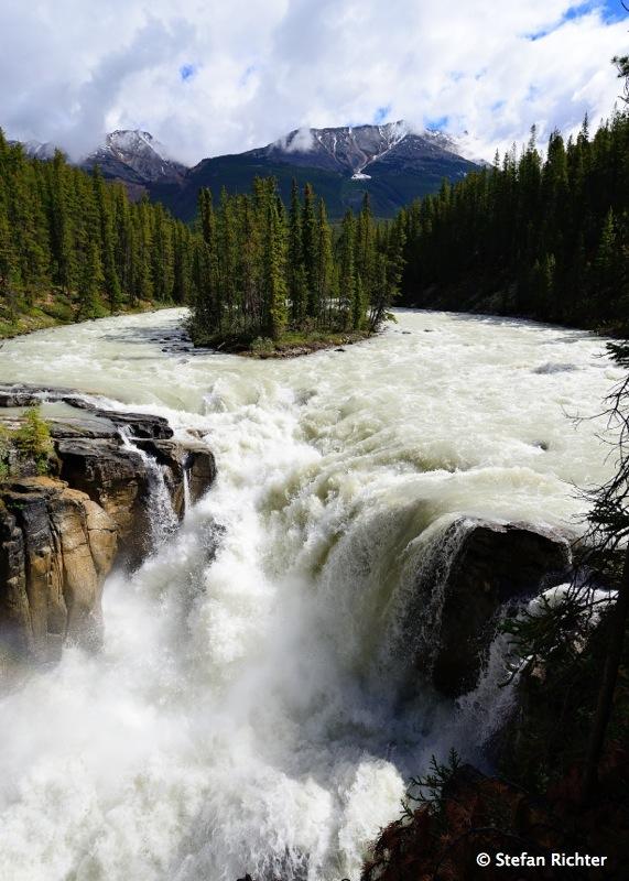 Sunwapta Falls @ Icefield Parkway.
