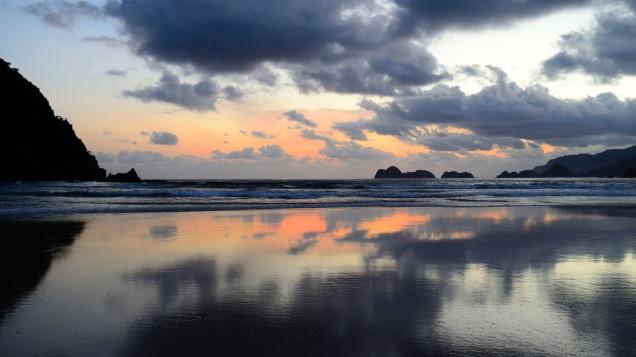 Sunset Pulau Mera, Indonesien.