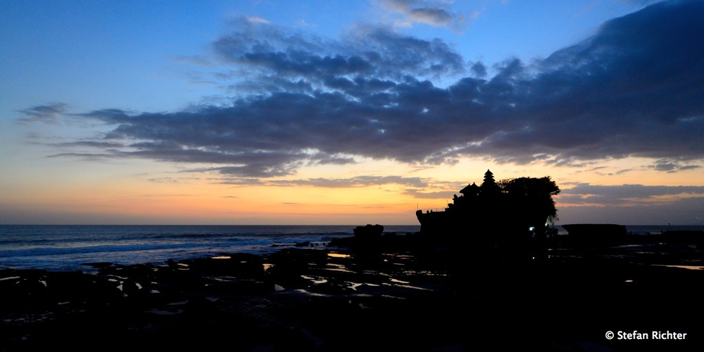 Sunset @ Tanat Lot, Bali.