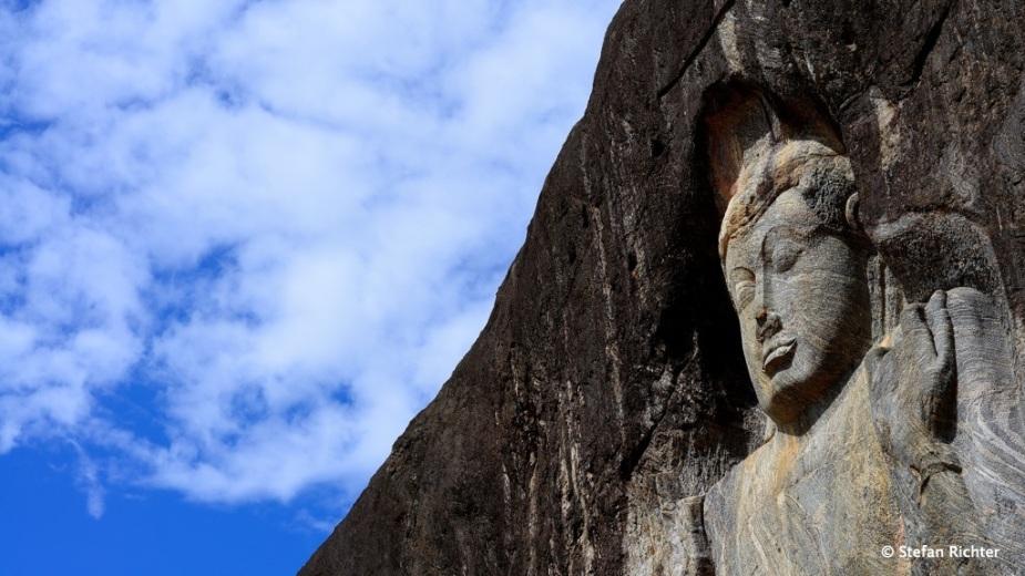 Die Buddha-Statuen stammen aus dem 10. Jh.