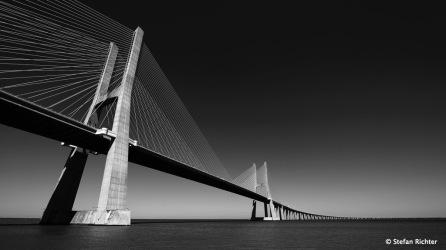 Ponte Vasco da Gama - 17,2 km lang und die längste Brücke Europas.