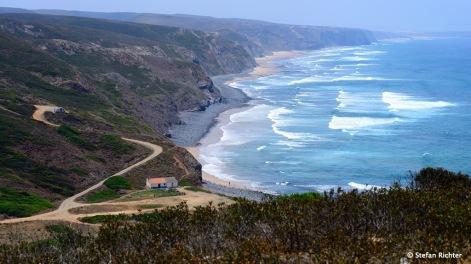 Küste soweit das Auge reicht.