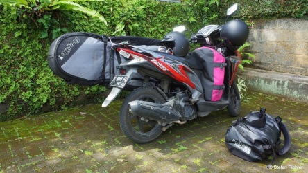 Unser Gepäck - passt alles auf ein Moped.