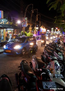 Nightlife @ Kuta.