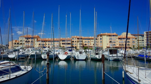 Der Hafen von Leucate.