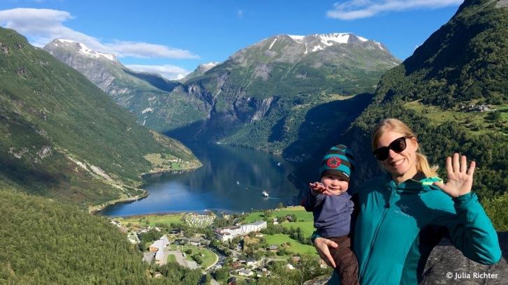 Winkewinke vom berühmten Geirangerfjord in Norwegen.