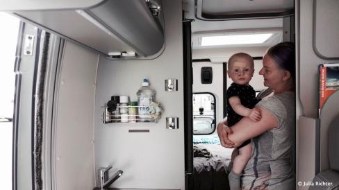 Und auch er freut sich über neue Begleitung im Campervan. Drei Tage war Andrea mit dabei.