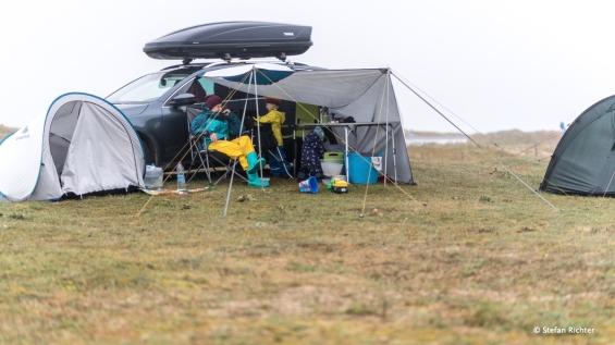 Nieselregen und vor allem Wind waren wohl das Unangenehmste beim Camping.